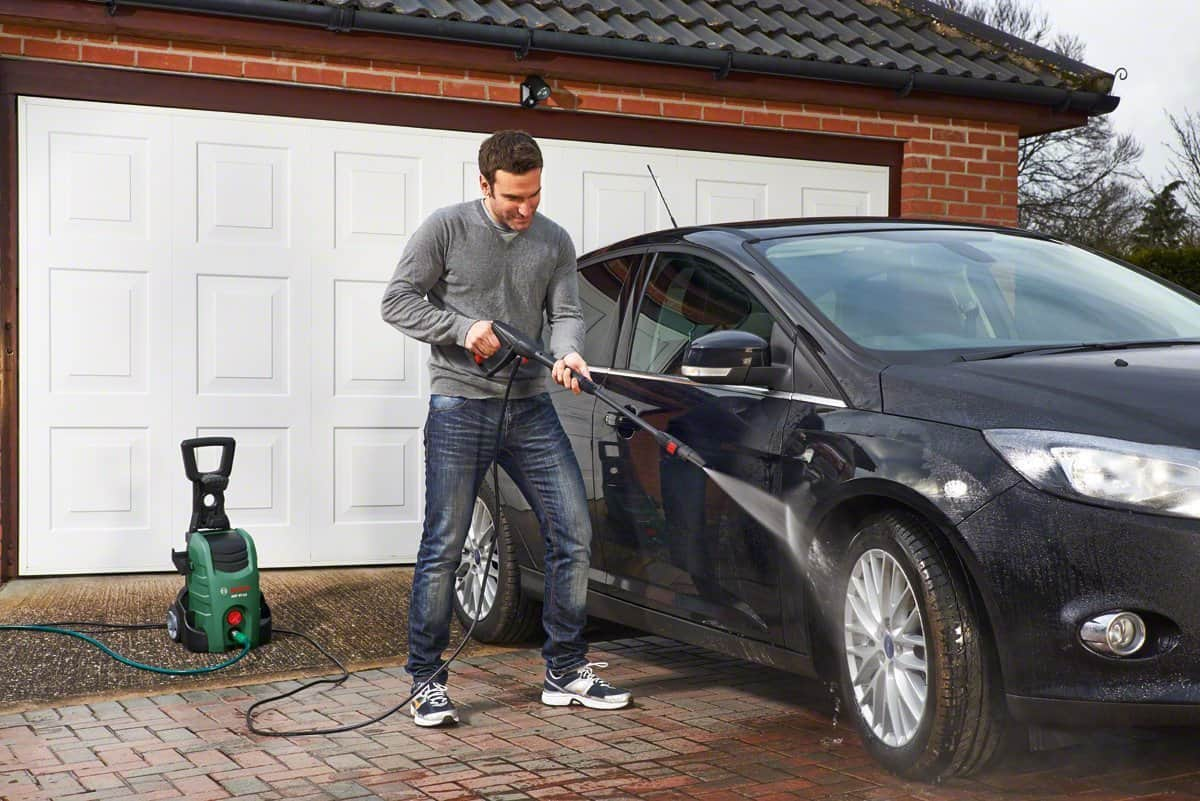 Bosch AQT 37-13 Plus Pressure Washer cleaning car