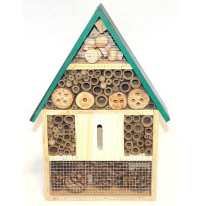 Bug box for nesting and hibernation box