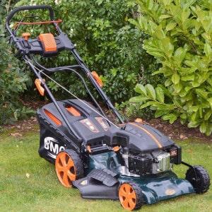 BMC Lawn Racer 18inch petrol lawn mower review