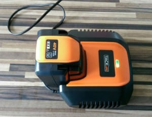 40v Battey and Charger with power level indicator