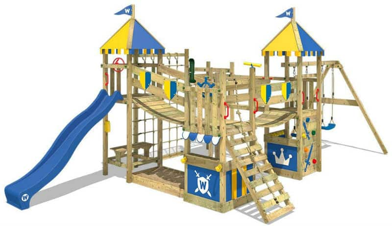 Best climbing frame - wooden and metal models compared - From £100 to over £1000