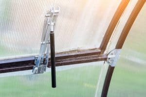 Choosing the right greenhouse window opener for your size vents