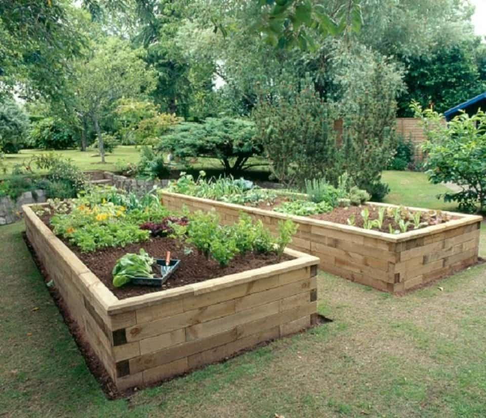 Made-to-Measure-Raised-Bed-by-Wood-Blocx