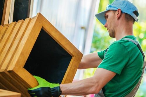 choosing a wooden planter