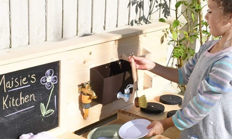Top 5 Best Mud Kitchens For Kids