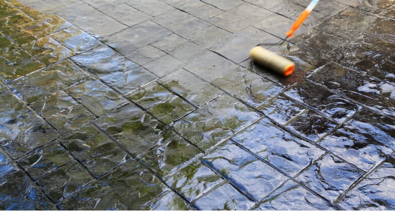 Top 6 Best Patio Sealers For Driveways and Patios