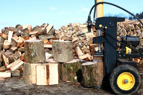 Petrol log splitter being tested
