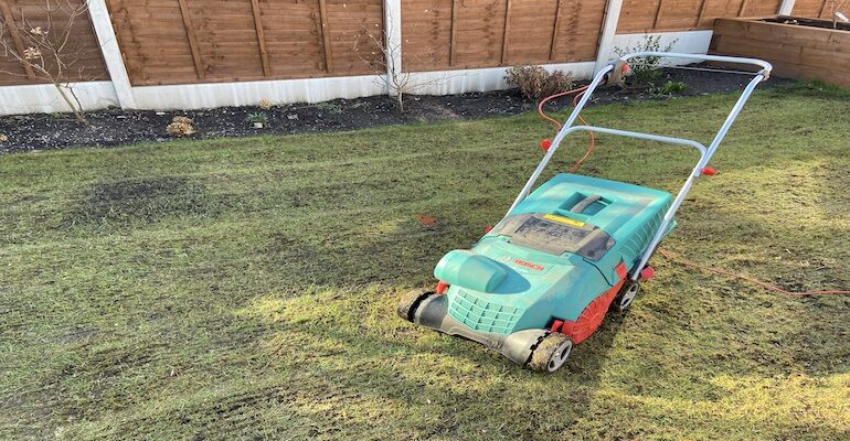 Bosch 1100 AVR Vericutter Scarifier Review after 3 years of testing. Full detailed review where I talk about build quality, performance & the pros and cons.
