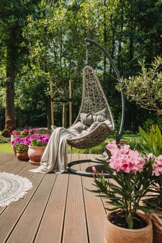 Garden egg chair for one person and cushions