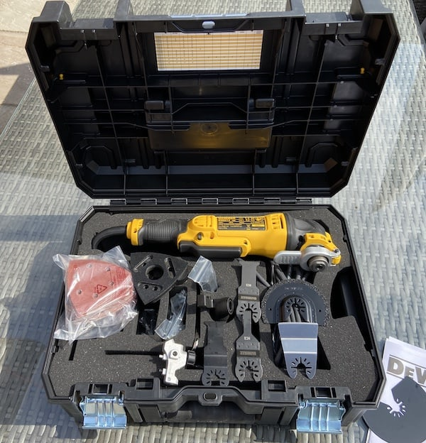 DeWalt DWE315KT Oscillating Multi-Tool with the accessories it comes with