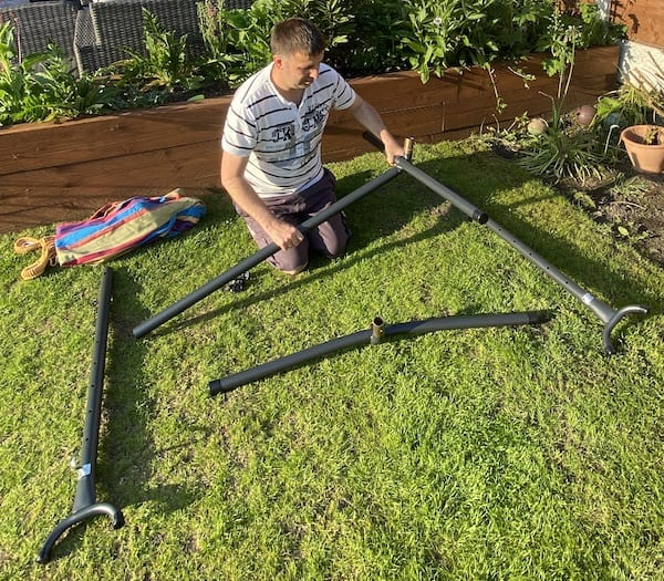 Building the hammock frame - attaching legs to centre bar