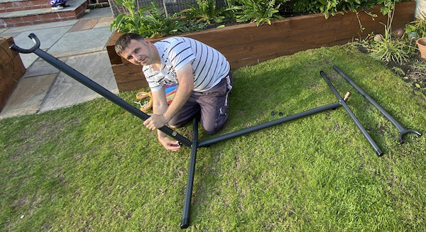 Attaching the side piles to the feet of the hammock frame