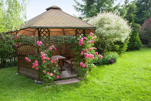 Choosing a gazebo for exposed sites which need a strong frame