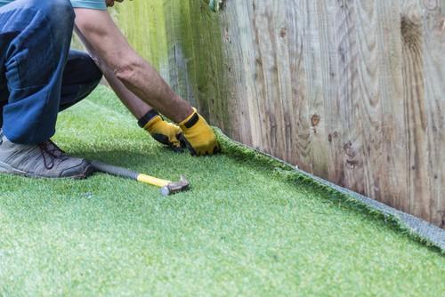 Installing artificial grass after choosing the best fake grass