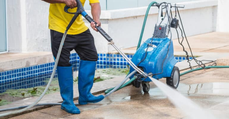 When it comes to choosing the best professional pressure washers for business and professional use, you need a reliable and powerful but versatile machine.
