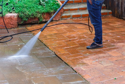 Choosing a professional grade pressure washer designed to last