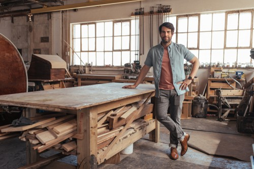 Choosing the right workbench height and size